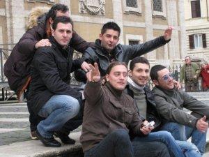 spontaneous boys from Naples